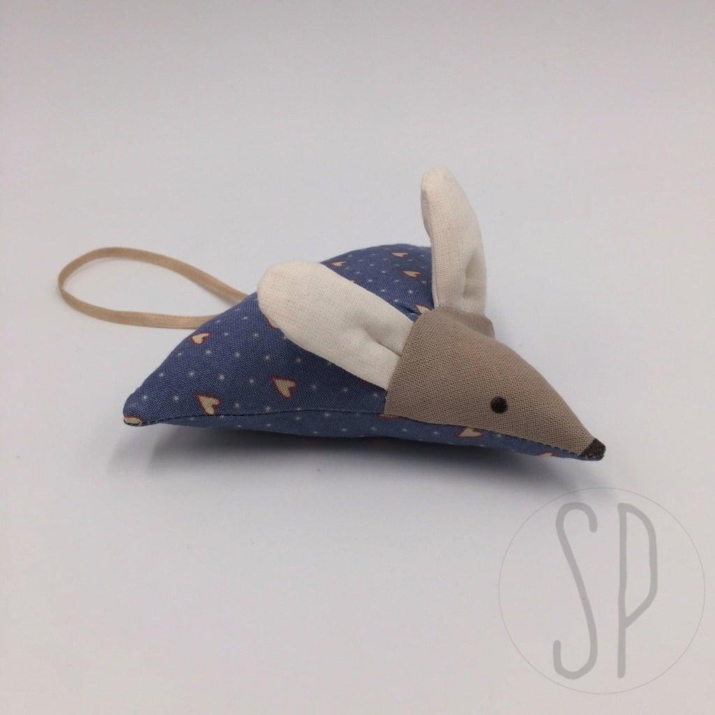 09 - come cucire il topo innamorato - i pupazzi di sara poiese